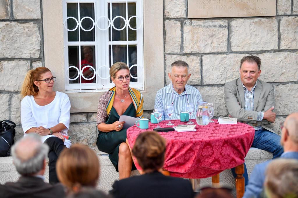 Slijeva: Paulina Kisić Pendo, Ivana Lovrić Jović, Krešimir Veselić i Frano Herendija