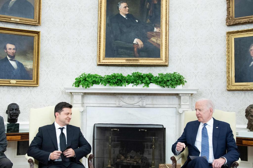 Jučerašnji sastanak američkog i ukrajinskog predsjednika, Joea Bidena i Volodimira Zelenskog,<strong> </strong>uznemirio je Rusiju