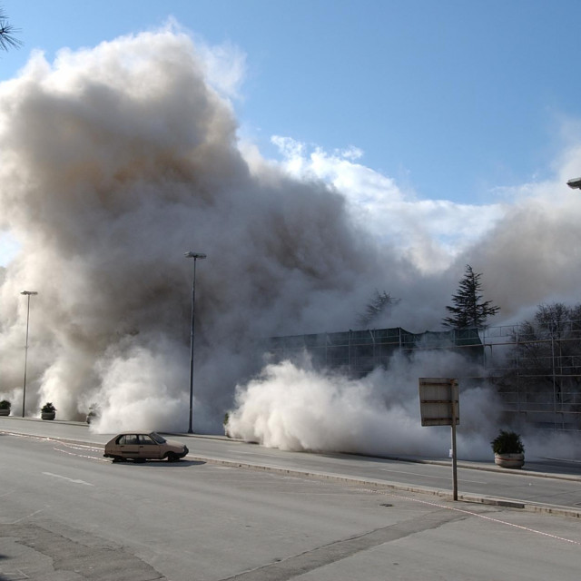 Rušenje pogona Jugoplastike u Splitu kako bi se sagradili novi stanovi