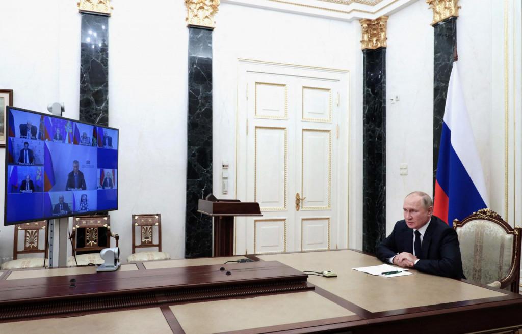 Vladimir Putin, zoom da, mobitel ne