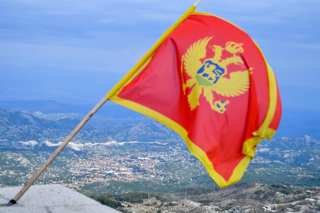 Pogled na grad Cetinje s planine Lovćen