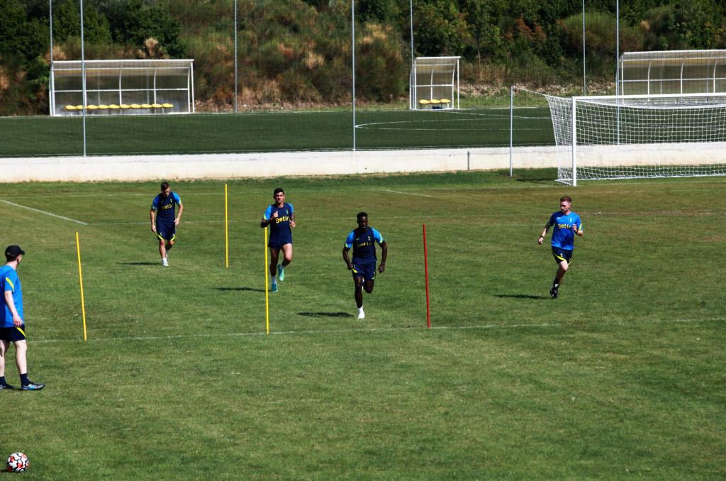 Trojica nogometaša Tottenhama, Lo Celso, Romero i Sanchez, odrađuju karantenu u Čibači prije povratka u Veliku Britaniju