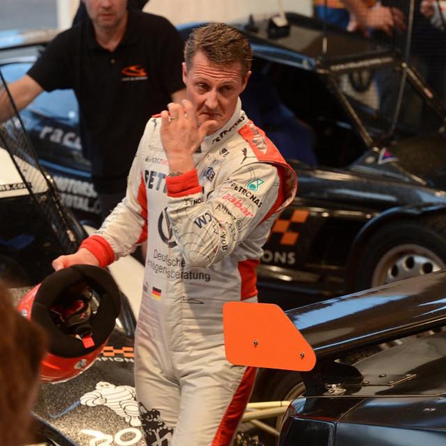 Michael Schumacher sedmerostruki je prvak Formule 1, o čijem se zdravstvenom stanju nakon skijaške nesreće 2013. godine jako malo zna