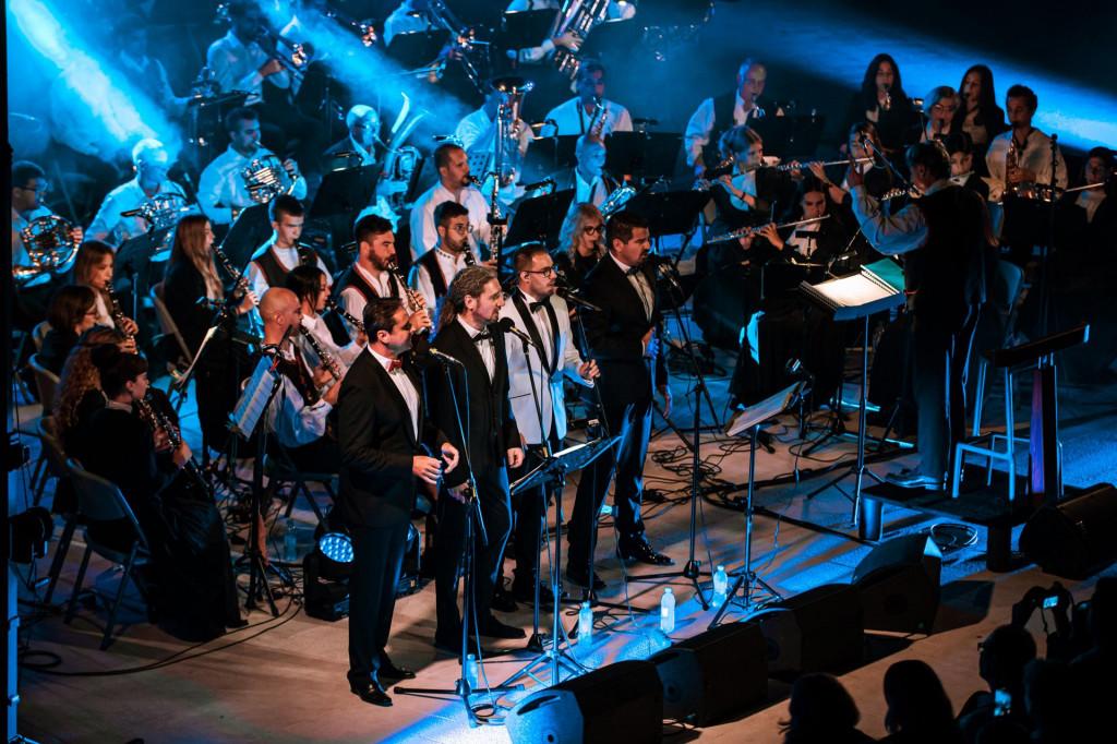 Koncert Šibenske narodne glazbe i 4 tenora na tvrđavi sv. Mihovila
