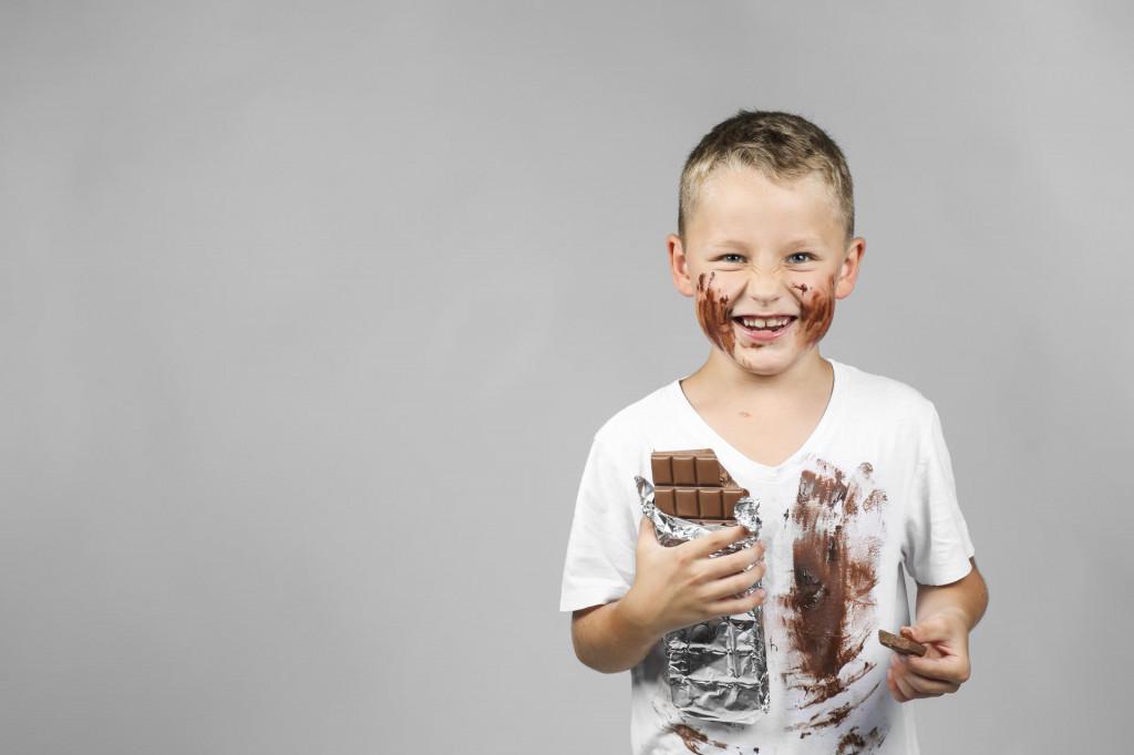 Djeca i mrlje od čokolade uvijek idu zajedno