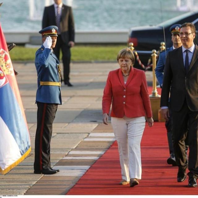 Angela Merkel s Aleksandrom Vučićem prilikom posjeta Srbiji 2015. godine