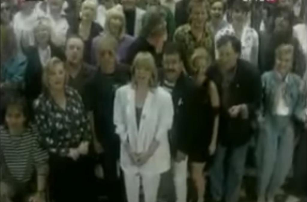 U legendarnom spotu sudjelovalo je 150 najistaknutijih domaćih pjevača tog vremena