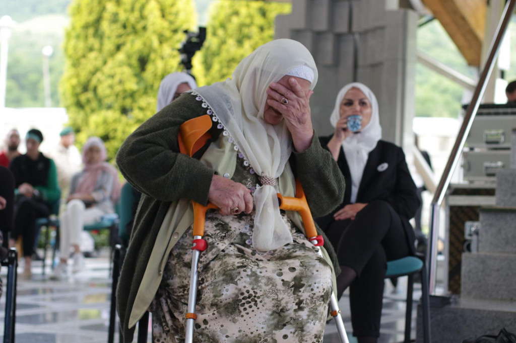 Ni izricanje presude Ratku Mladiću ne može ublažiti bol srebreničkih majki (ilustracija)<br />