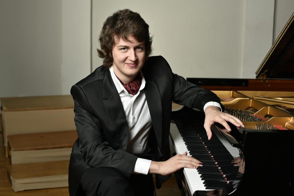 Pijanist Ivan Vihor