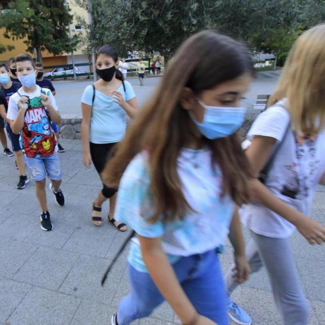 Dubrovački roditelji ne žale se na maske u školama