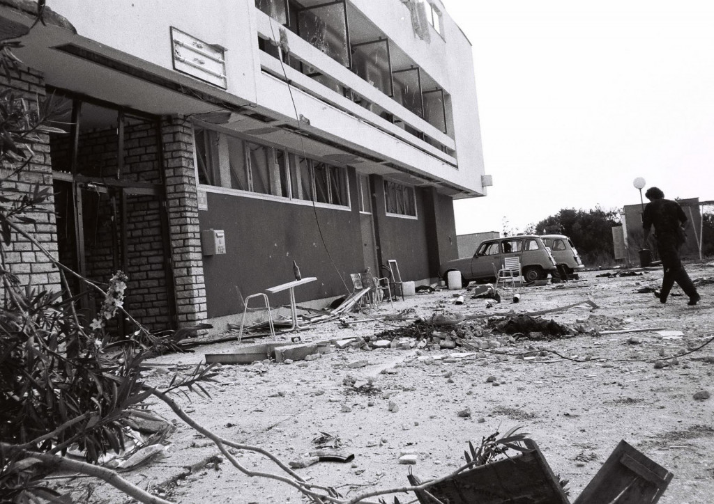 Oštećeni motel na Šibenskom mostu