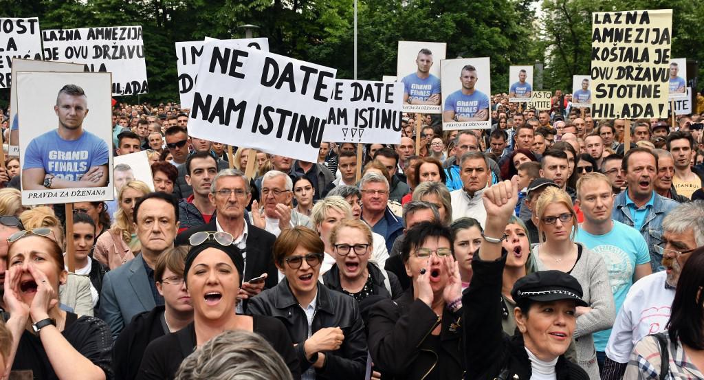 Prosvjed u Sarajevu prije tri godine za razrješenje smrti Dženana Memića i Davida Dragičevića<br /> <br />