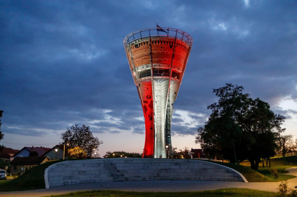 Vukovarski vodotoranj, simbol Vukovara i Domovinskog rata