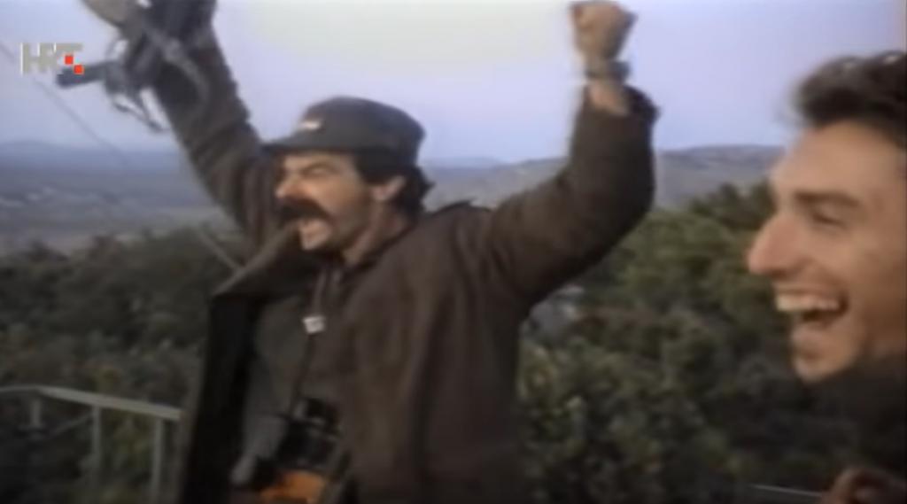 Spontani usklik 'Oba su pala' nakon rušenja aviona JNA jedna je od najpoznatijih snimki Domovinskog rata