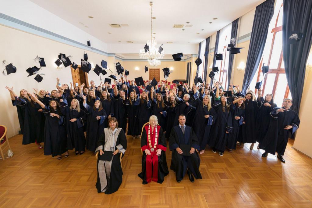 Na Sveučilištu u Zadru danas su održane dvije promocije magistara