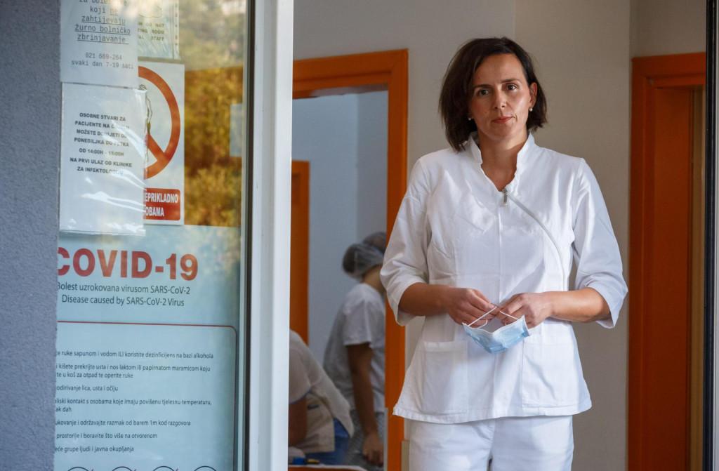 Dr. Mirela Pavičić Ivelja