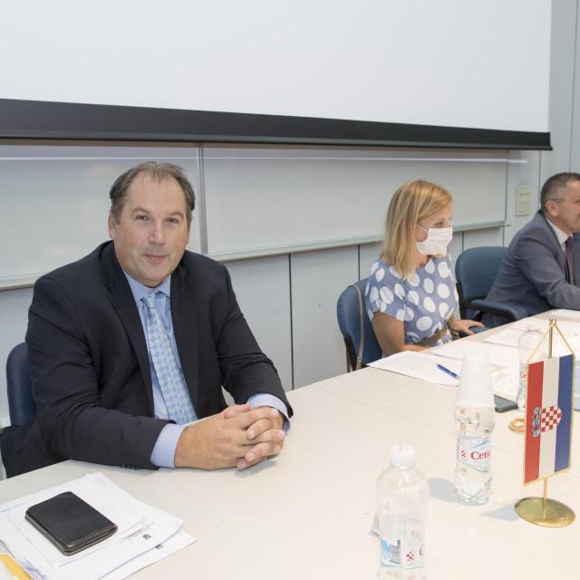 Potpredsjednik Skupštine u ime vladajuće opcije postao je Luka Roguljić (HSP)