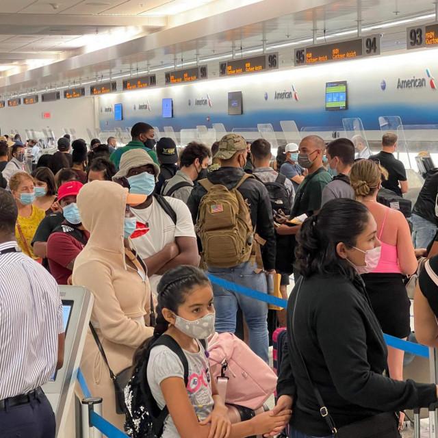 Redovi u zračnoj luci Miami