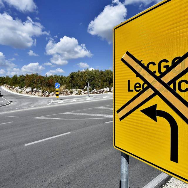 Ni prometna ploča ne vjeruje brzoj realizaciji regionalnog centra u Kladnjicama