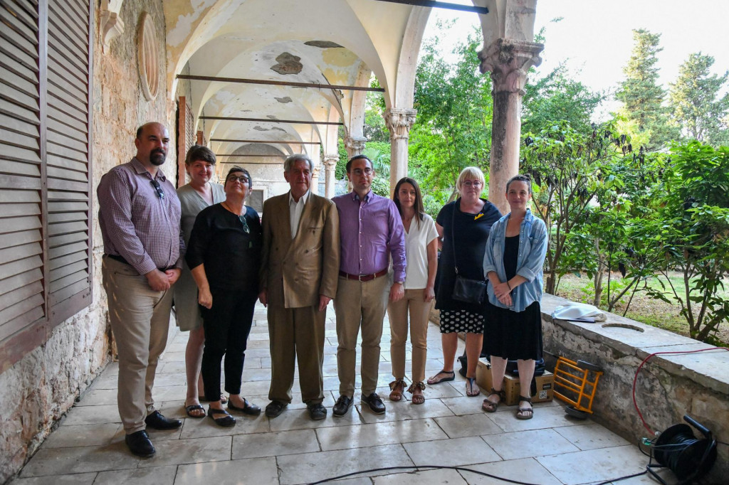 Zajednička fotografija članova istraživačkog tima