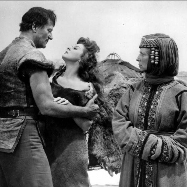 John Wayne i Susan Hayward u prizoru iz filma