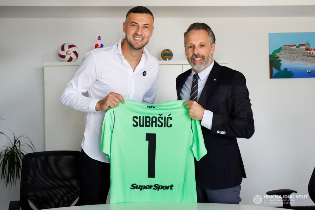 Danijel Subašić s predsjednikom Lukšom Jakobušićem