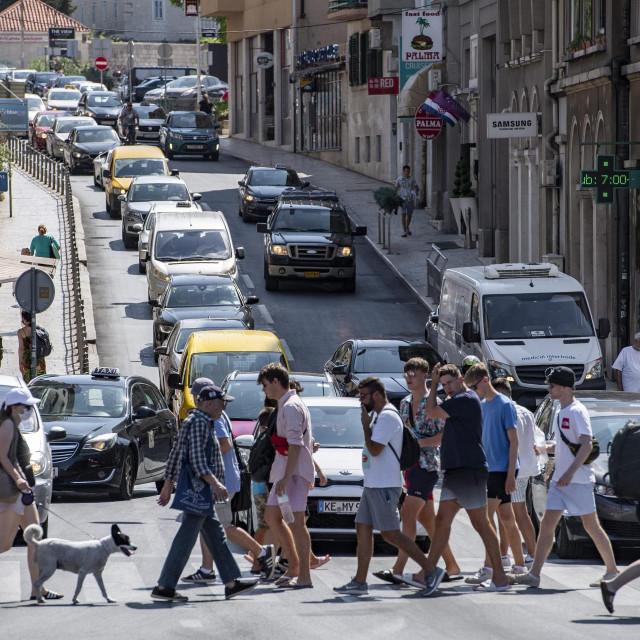 Usprkos porastu broja vozila u turističkoj sezoni, akcija 'Smanji brzinu i guštaj u litu' postigla je dobre rezultate