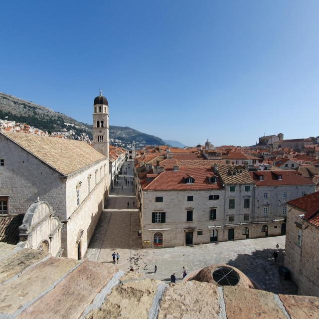 Grad Dubrovnik objavio je Javni poziv za sudjelovanje gospodarskih subjekata u oblikovanju ponude Dubrovnika kao destinacije za digitalne nomade