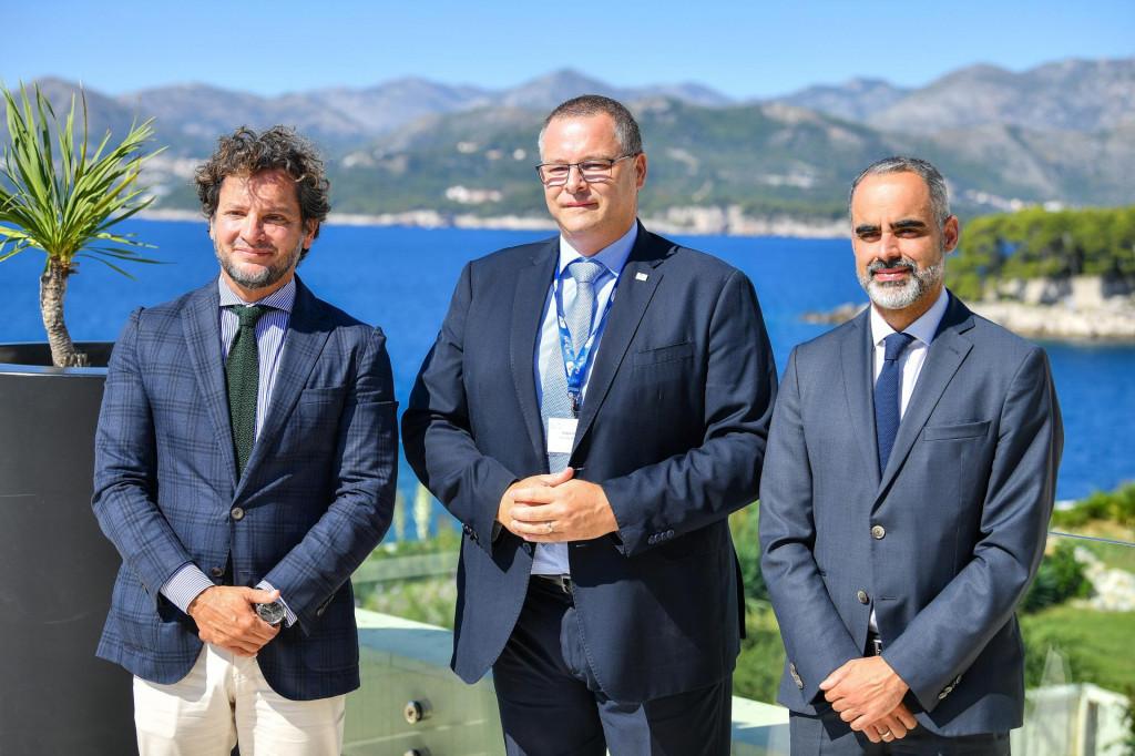 Dubrovnik, 230921.<br /> 101. sastanak Odbora direktora Europske putnicke komisije (European Travel Commision - ETC).<br /> Na fotografiji: Luis Araujo, Kristjan Stanicic i Eduardo Santander.<br />