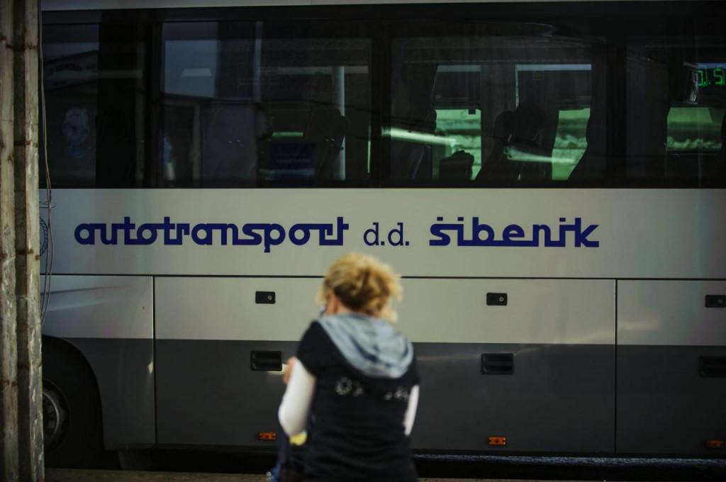 Za one koji su možda zaboravili, grad Šibenik je već imao svoga javnog gradskog prijevoznika. To je isti ovaj ATP koji je završio u stečaju, potopljen s 90 milijuna kuna duga