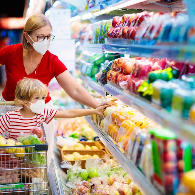 Mnogi su uzroci inflacije zbog koje nam je sve skuplje ići u kupovini, a jedan je svakako pandemija