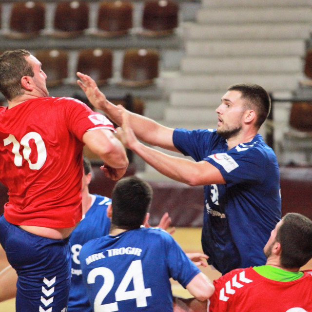 Luka Bevanda (RKHM Dubrovnik) protiv Trogora