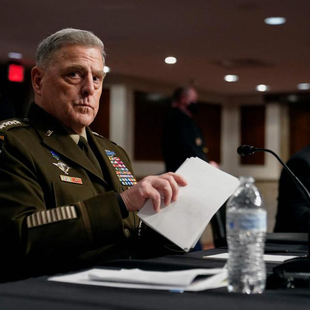 General Mark Milley pred Senatom je rekao da je htio ublažiti napetosti između dviju strana, a ne 'uzurpirati vlast'