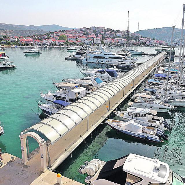 Rujan je omiljeni mjesec i nautičara, još uvijek je puna riva brodova, čarteri su dobro popunjeni i u Marini Frapa
