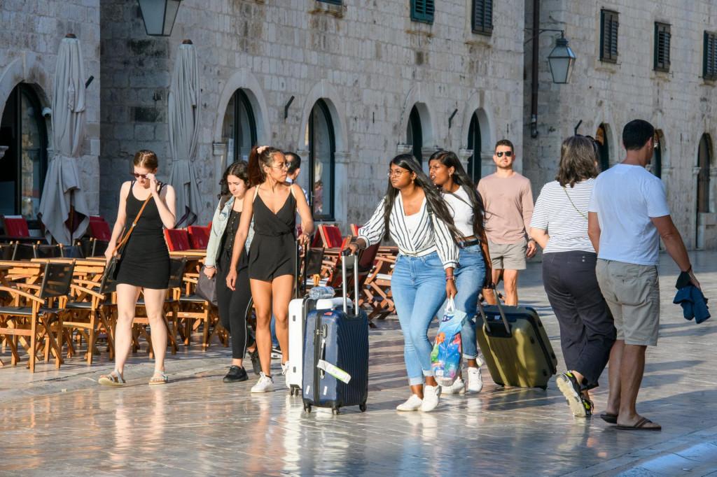 Dubrovnik, 021021.<br /> Subotnja spica sa Straduna.<br />