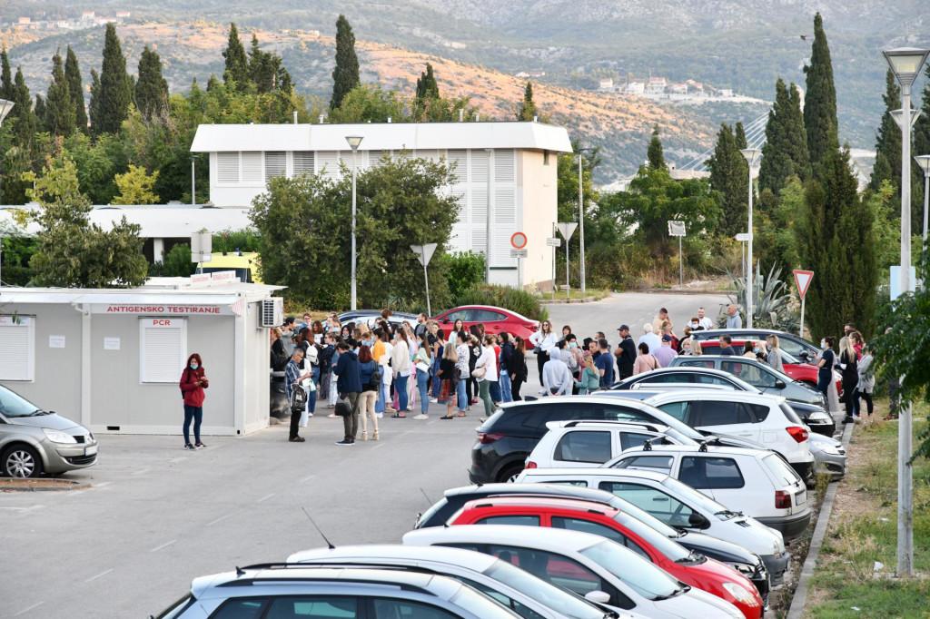 Testiranje pored Opće bolnice Dubrovnik