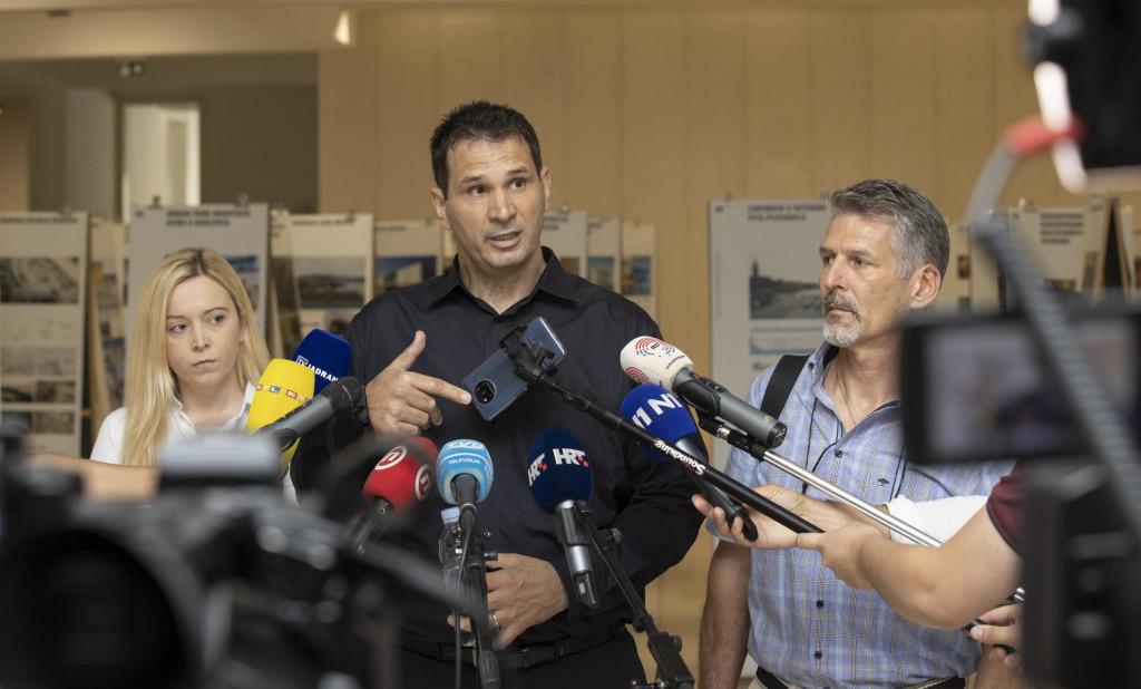 Gradski vijećnici Ivana Ljulj, Josip Markotić i Ivica Grković