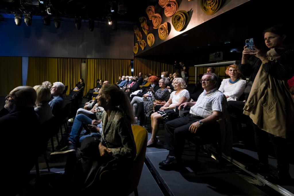 U kući umjetnosti Arsen prikazan je film 'Plavi cvijet' redatelja Zrinka Ogreste<br />