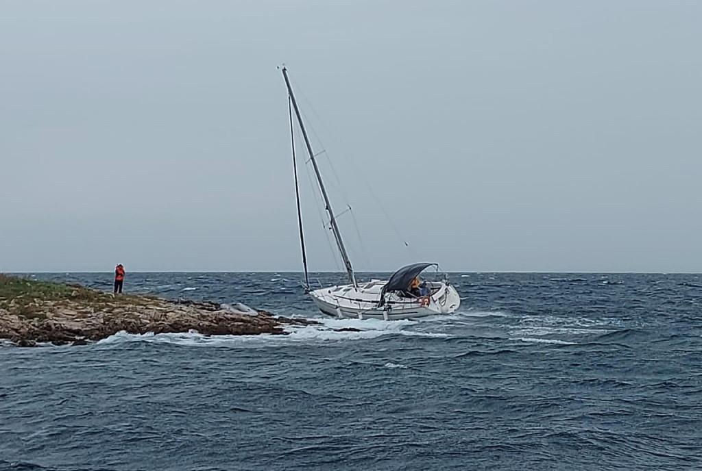 brod nesreća