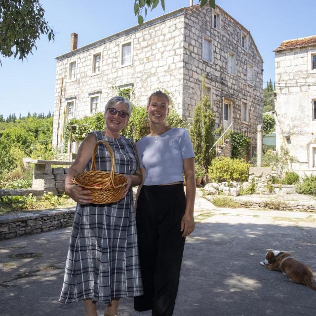 Diana i Jelena Marović u novom životu na otoku
