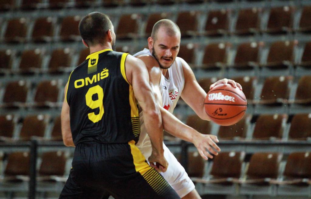 Domagoj Vrkić (Dubrovnik) protiv Omiša u Gospinom polju