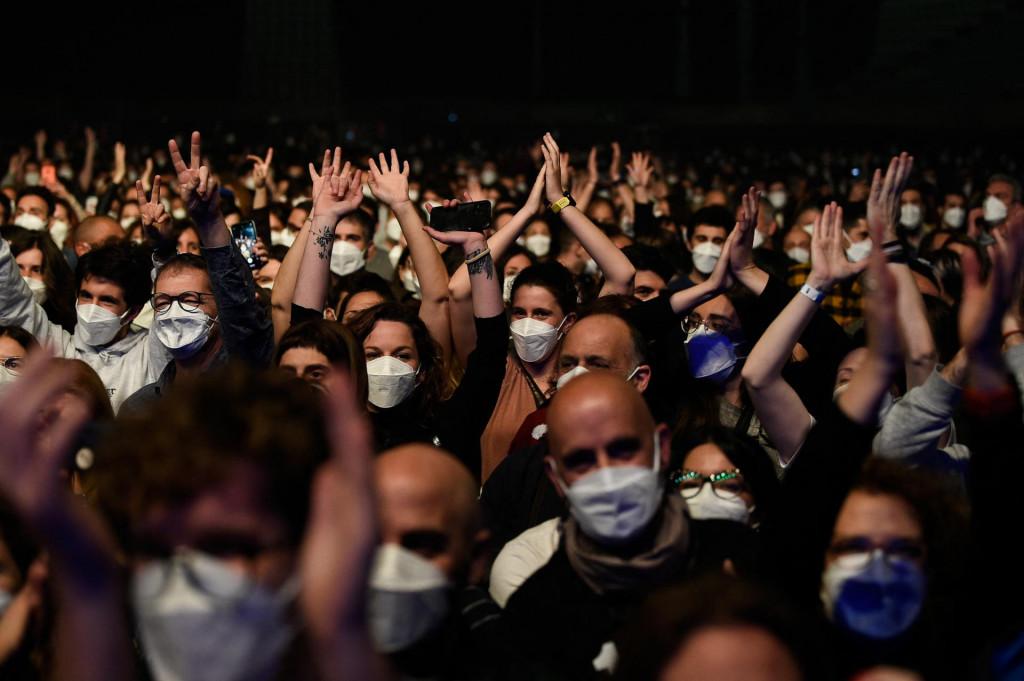 Ovako je već bilo na rock koncertu u Barceloni u ožujku ove godine...<br /> <br /> <br />