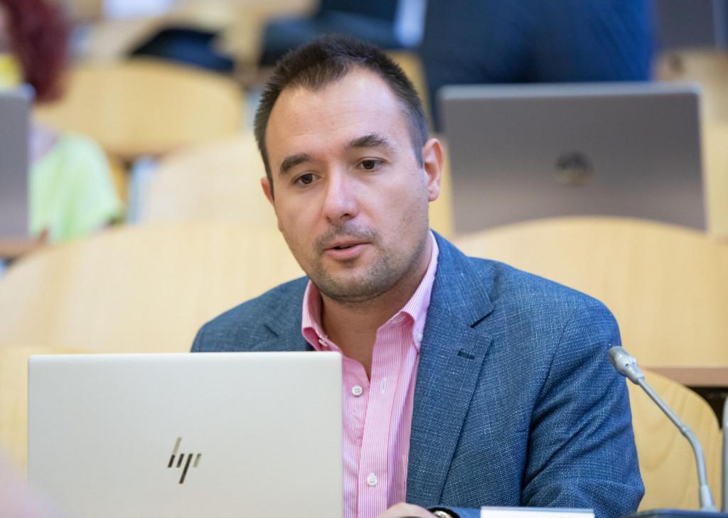 SDP-ovcima smeta što je djevojka Centrovog vijećnika Igora Skoke završila na Puljkovoj listi odabranika za školske odbore