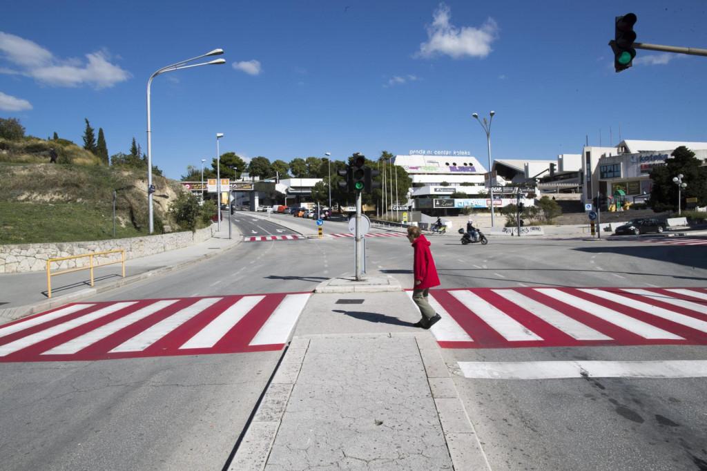 Novi pješački prijelazi na križanju Ulice slobode i Matice hrvatske na Gripama