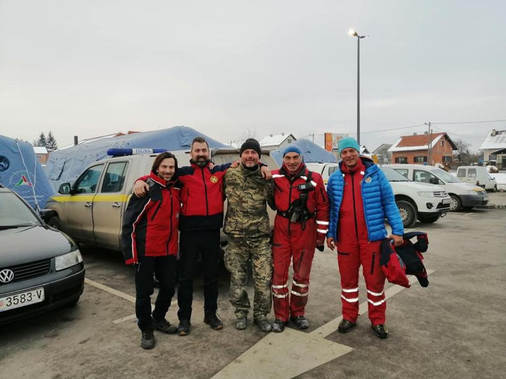 I članovi HGSS Stanice Orebić požrtvovno su pomagali Petrinjcima