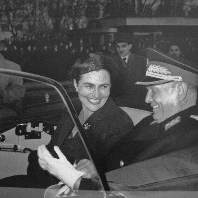 Jovanka i Josip Broz Tito snimljeni 1958. godine. U braku su tada bili šest godina
