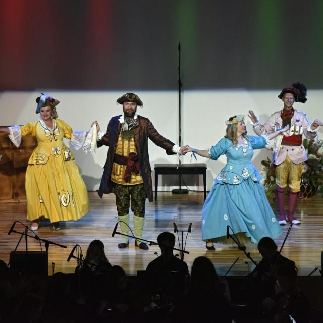 Vesela predstava u Hrvatskom domu Split