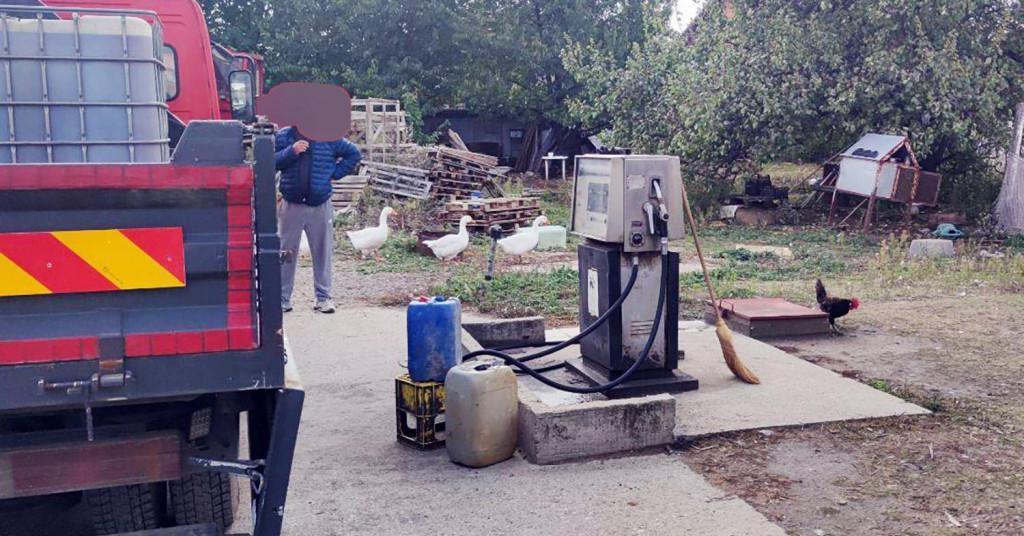U Zemunu su policajci pronašli ilegalnu benzinsku