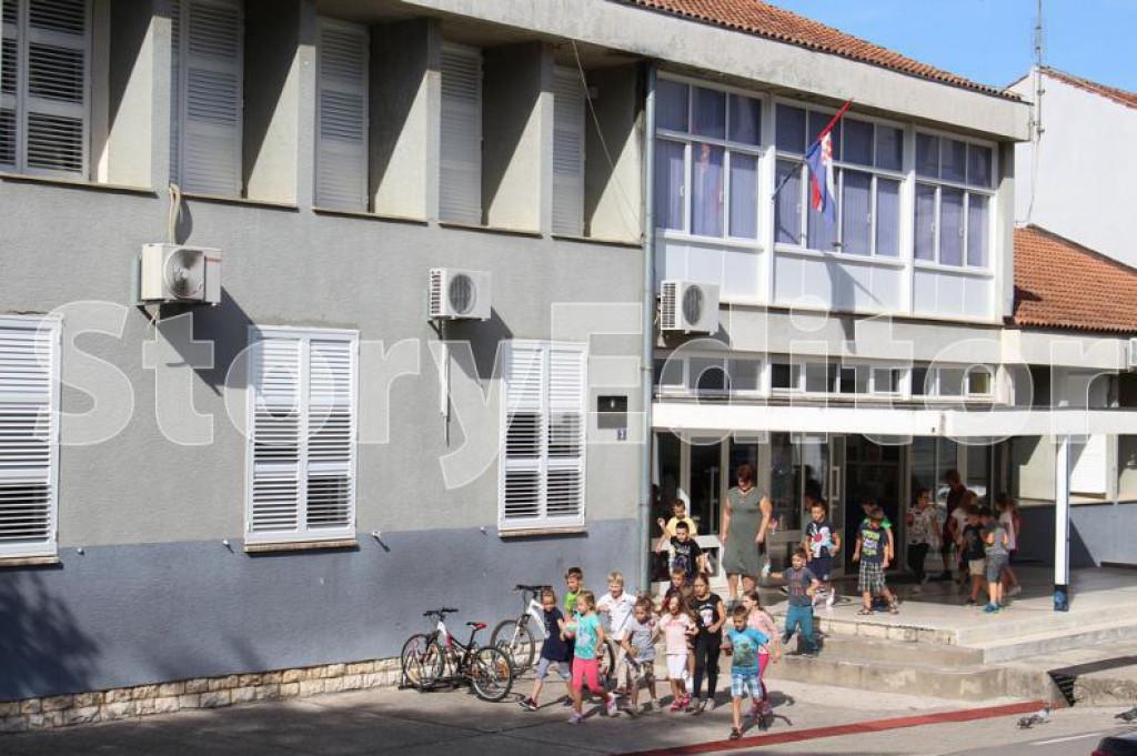Osnovna škola Vladimira Nazora u Pločama<br /> foto;: Ante Šunjić