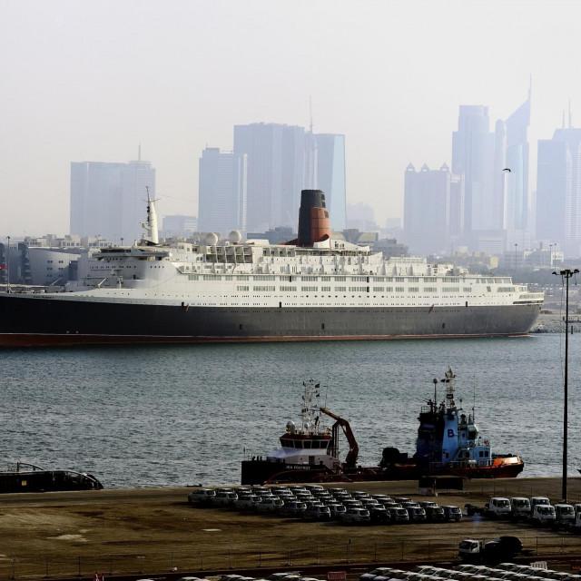 Queen Elisabeth 2 u Dubaiju